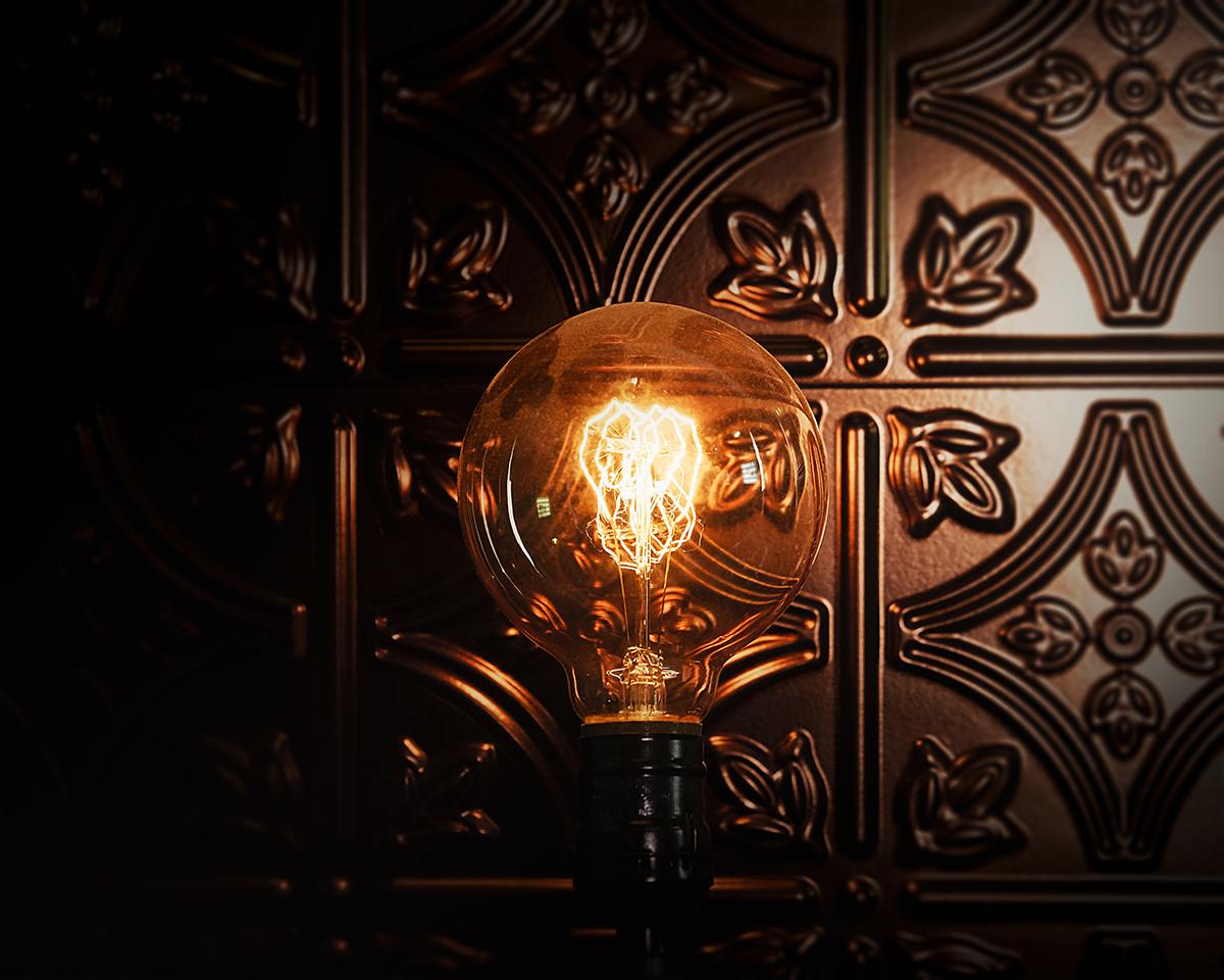 Image of light in Tesla Study escape room locked room game